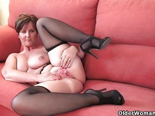Gorgeous granny with big tits shows her fuckable setting up