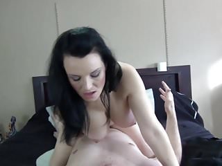 Juicy Mommy 18