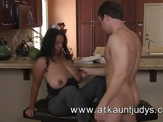 Mature exotic beauty from Auntjudys