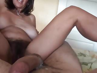 hairy milf not far from great pussy debouch enjoys cock