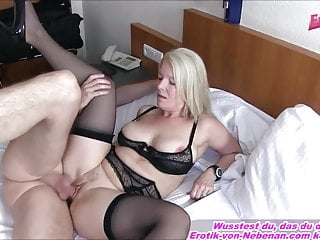 take a shine to MOTHER AND SON - German mature Housewife mom Creampie