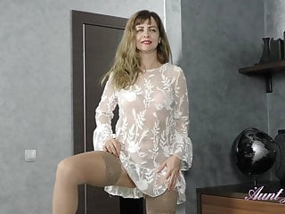 Full-Bush 44yr-old Auntie Olga Gets-off in Stockings