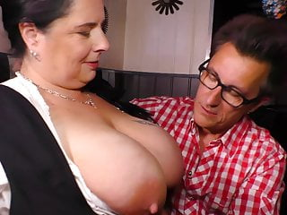 German style - Beamy moms fucks lucky client