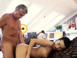Pater skinny fucks white bitch and old defy casting What