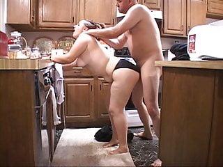 Chunky Butt BBW Mom Got Butt Fucked