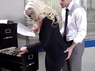 Fucking with Blinker Blonde Secretary
