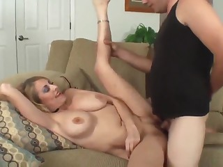 mature milf with obese boobs loves creampie with new neighbor