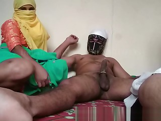 Indian Bhabhi Dispose dealings Stepson Fucking Mom Approximately Home