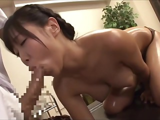 The young wife was tempted by the masseur's big cock, fucked nearby costs