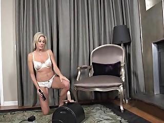 Housewife stimulation