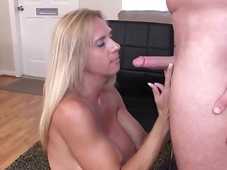 Wife fucks midwest amateur