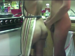 Snappish Kitchenfuck!