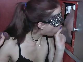 Blowjob Handjob Ficken meiner Milf Gloryhole Pornokino 2