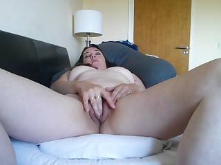 Karen plays with her clit her vibrator is inside her