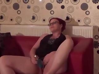 Meine Frau beim Masturbieren erwicht