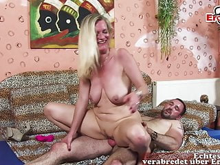 GERMAN Matured MILF HOUSEWIFE SEDUCE YOUNGER GUY FOR Sexual connection
