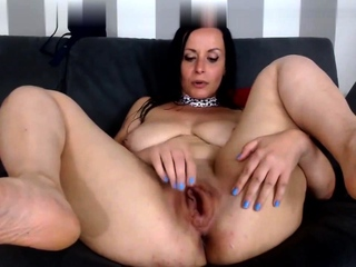 Solo mature masturbating on webcam