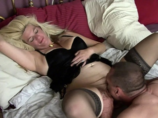 Horny mature couple beg their first homemade video