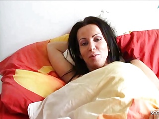 German Son Wakes all round Step Mom and Seduces her to Fuck