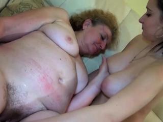 Old Nanny Goes Lesbian