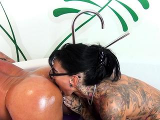 German big tits tattoo femdom unskilled milf fucks guy