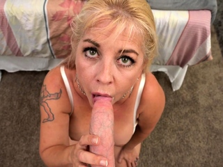 Chunky Tits MILF Joclyn Stone Talks Dirty While Taking Chunky Cock