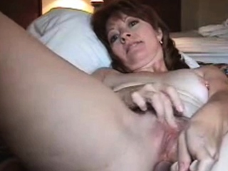 Mature Linda toys say no to pussy and asshole