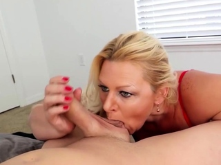 Foreplay handjob and oral by blonde milf get hitched