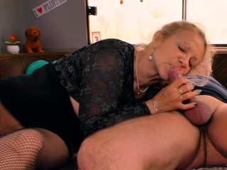 german of age mom with natural tits fuck in forest