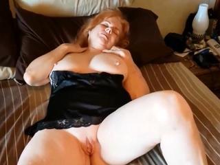super Grandma Linda rubs her wet slit
