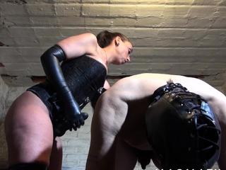 Mistress Jenna Joy fucks the brush male slave