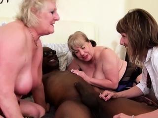 GRANNYLOVESBLACK - Cum Swapping Grannies