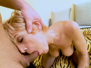 MATURE4K. Sweet mature woman with dyed hair has bewildered