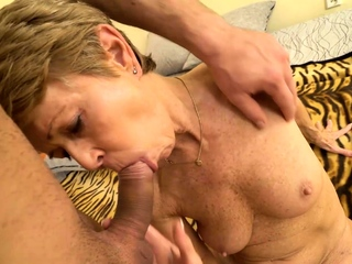 MATURE4K. Man is here to please mature woman nailing